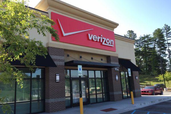 Verizon Wireless_Front